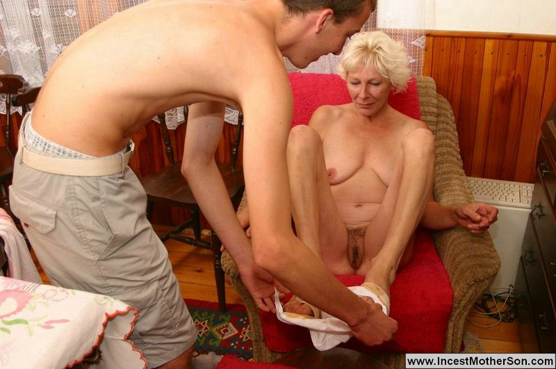 Mom Sex Acts Gallary - tons of fun with unforgettable incest!